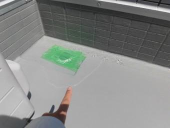 貝塚市石才のバルコニーの散水試験