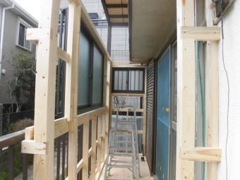 岸和田市土生町の物干し場に窓設置