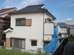 岸和田市の台風被害に遭ったベランダ