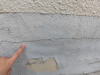 岸和田市藤井町の外壁のクラック