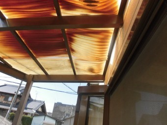 岸和田市尾生町の二階のテラス屋根現況