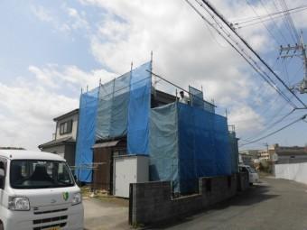 岸和田市尾生町の仮設足場設置