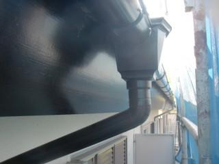 岸和田市天神山町の塗装できれいになった雨樋