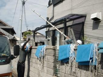 岸和田市西之内町の外壁・屋根塗装の足場設置