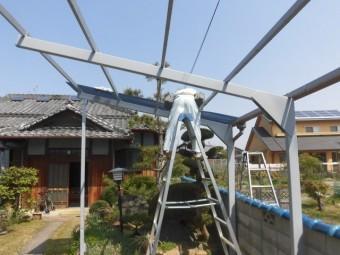岸和田市尾生町のポリカーボネート製の波板張り