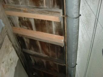泉北郡忠岡町の屋根の垂木入替
