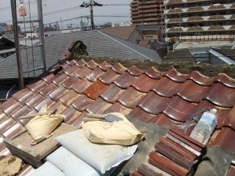 岸和田市作才町の棟土積みです!