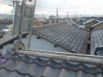 泉佐野市葵町の棟にのし瓦をのせました
