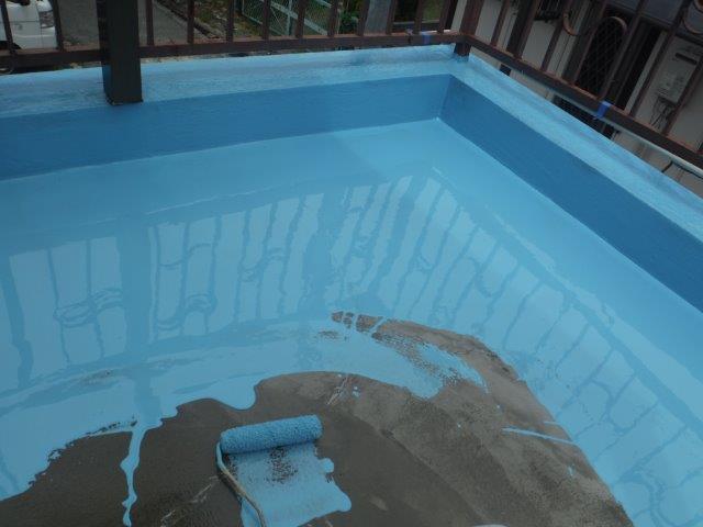 岸和田市のバルコニーにウレタン樹脂塗布