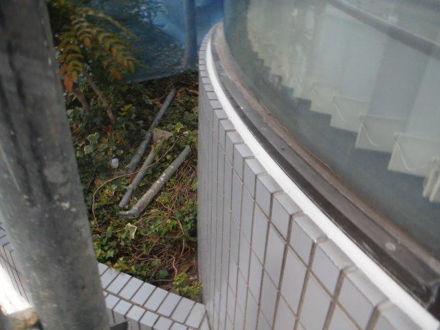 貝塚市のサッシ回りのシーリング打ち替え完了
