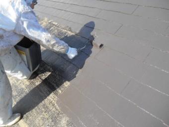 岸和田市岡山町の屋根中塗り