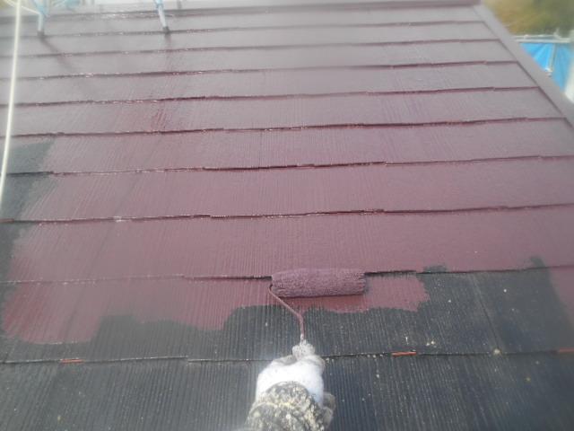 岸和田市天神山町の屋根の中塗り