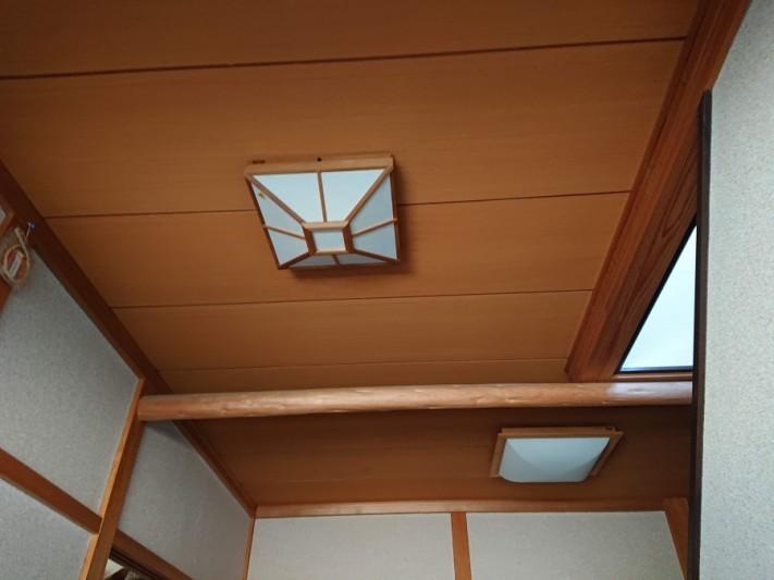 泉大津市の玄関の天井張替え