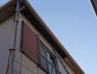 岸和田市の強風で外れた軒天を撤去