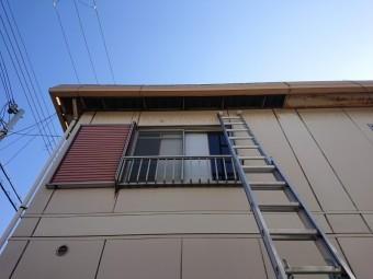 岸和田市の強風で外れた軒天の撤去完了