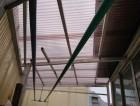 岸和田市の植木を伐採してテラスの波板を張り替え