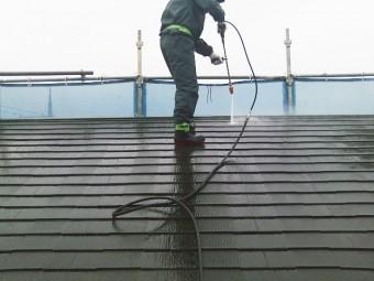 貝塚市の色褪せたスレート屋根洗浄
