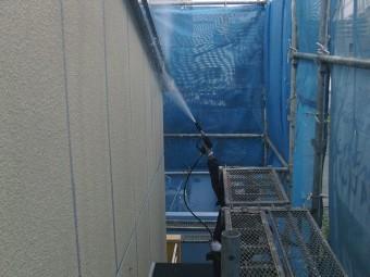 貝塚市の屋根のケラバも洗浄
