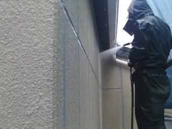 貝塚市のALCパネルの汚れを洗浄