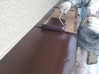 岸和田市吉井町の庇の鉄部塗装