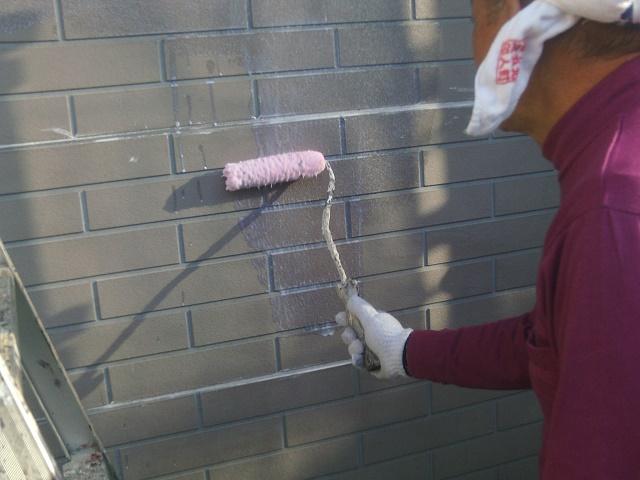 和泉市のサイディング外壁下塗り