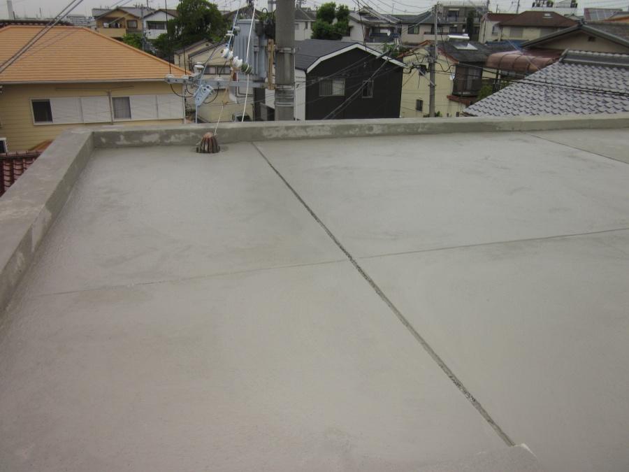 和泉市の陸屋根の下地調整後