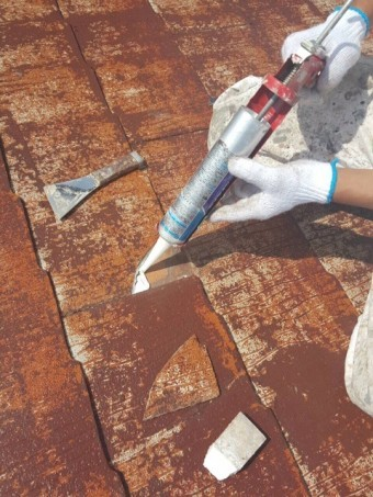 岸和田市摩湯町で屋根の瓦の補修