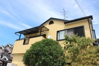 岸和田市八田町の黄色い外壁塗りかえリフォーム