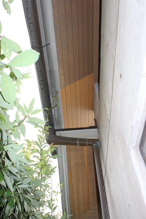 岸和田市土生町の軒天井板張替え完了
