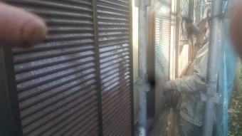 和泉市の外壁洗浄中