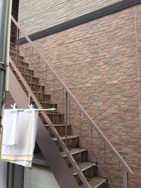 岸和田市の外階段塗装