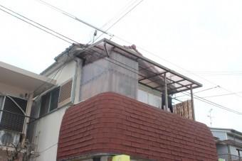 岸和田市宮前町のテラス屋根の波板張替え完了