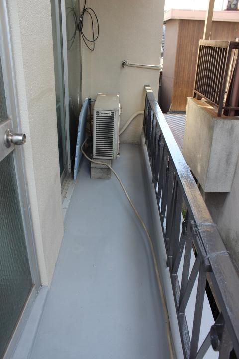 岸和田市のベランダ塗装完了