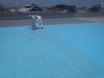 岸和田市の倉庫の屋上を防水