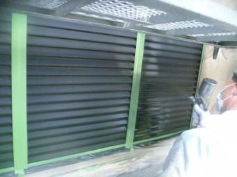 貝塚市の雨戸塗装
