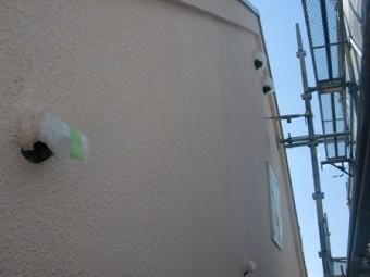 岸和田市極楽寺町で上塗り工程の屋根と外壁塗装
