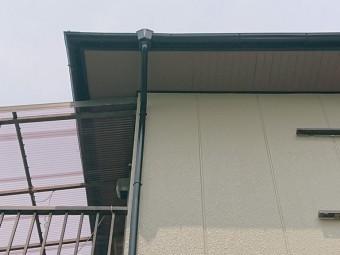 岸和田市の軒天塗装完了後