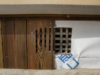 岸和田市東大路町の淡路産特上瓦の屋根の葺き替えで換気口造作