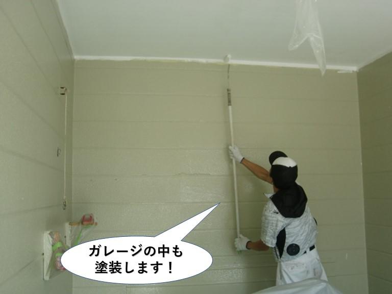 岸和田市のガレージの中も塗装