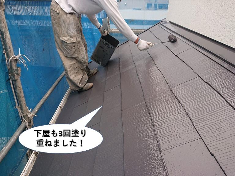 阪南市の下屋も3回塗り重ねました