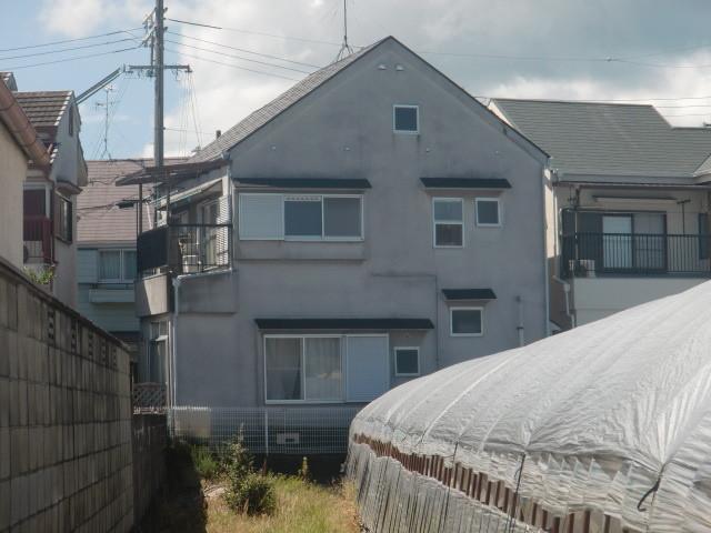 岸和田市極楽寺町でのカビ除去もした外壁と屋根塗装裏側現況