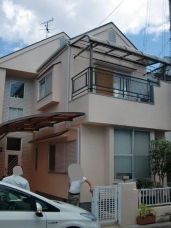 岸和田市極楽寺町カビも除去した外壁と屋根塗装完成