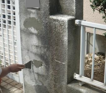 岸和田市極楽寺町の外壁と屋根塗装の足場撤去と塀の部分塗装